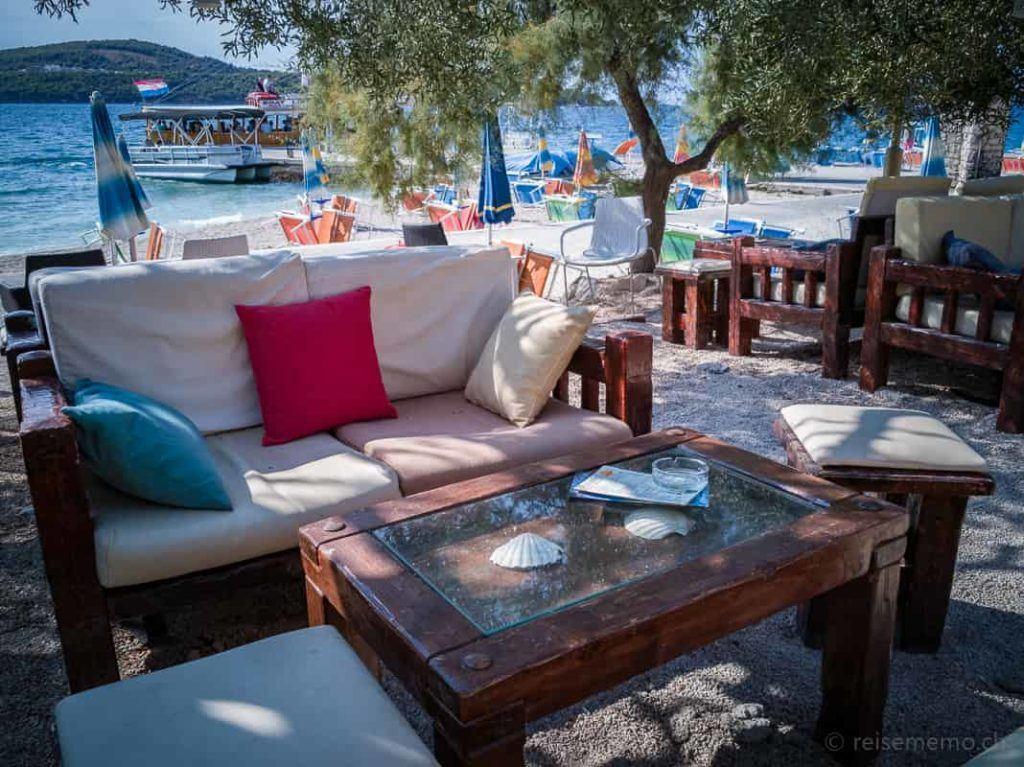 Medeni Lounge der Strandterrasse