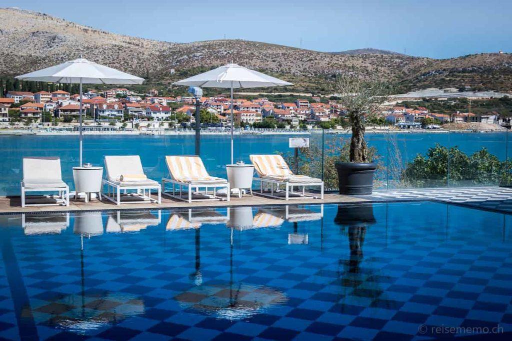 Pool des Brown Hotels bei Trogir