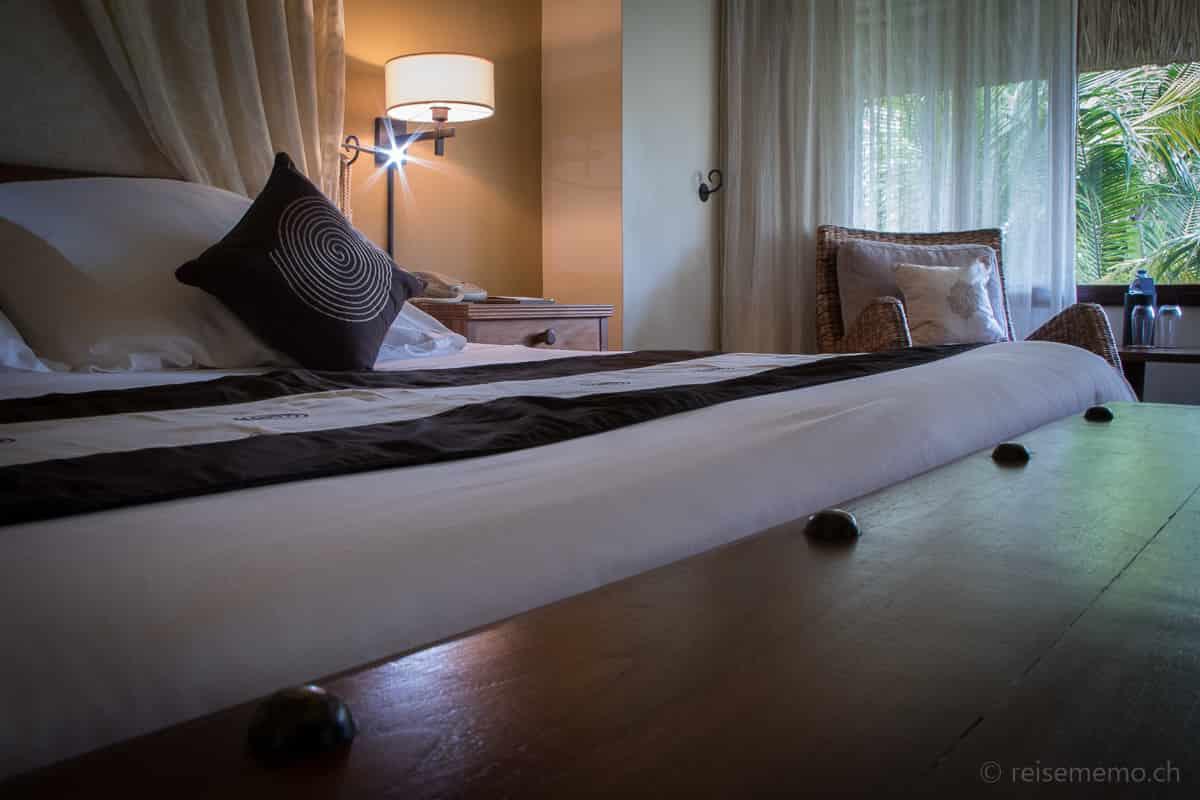 Beachcomber Dinarobin Bungalow Hotelbett