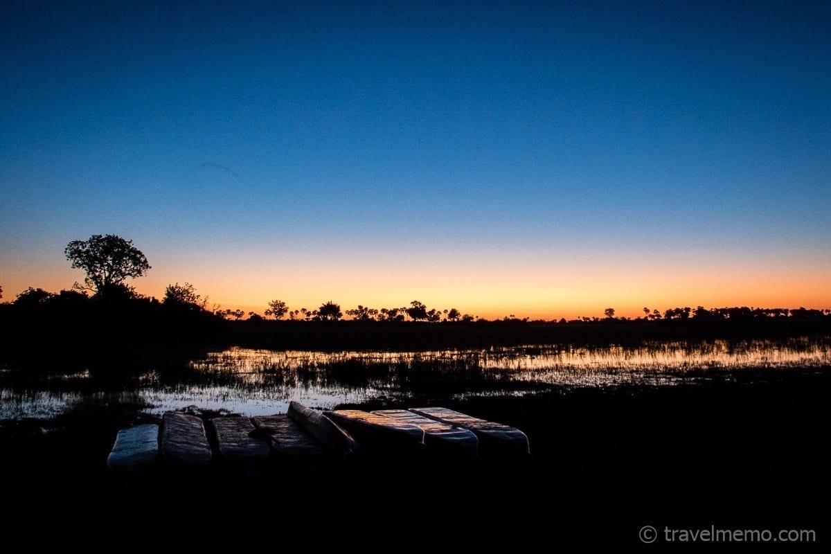 Blaue Stunde im Okavango Delta