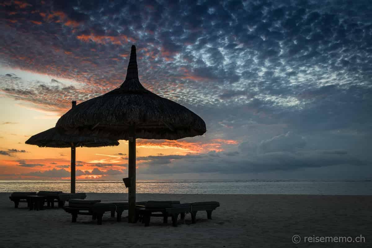 Sonnenliege Strand Dinarobin Beachcomber