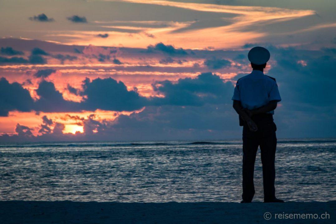 Sonnenuntergang beim Dinarobin Beachcomber