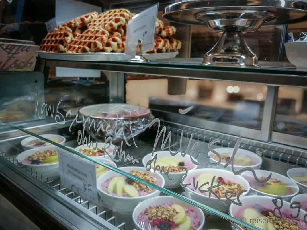 Hausgemachte Müesli ohne Rahm und Zucker im KaffeeKlatsch Rapperswil