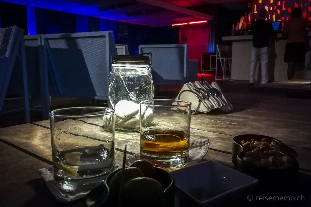 Long Beach Mauritius Drinks