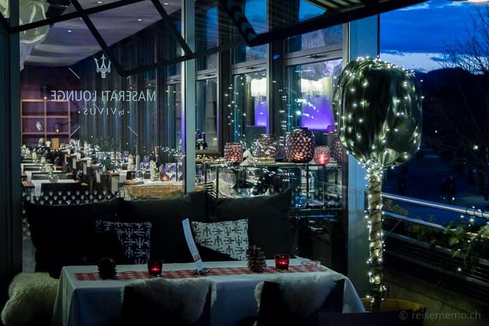 Aussentisch der VIVUS Maserati Lounge