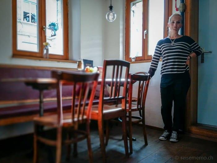 Pächterin Katja Graber im Kafi Paradiesli