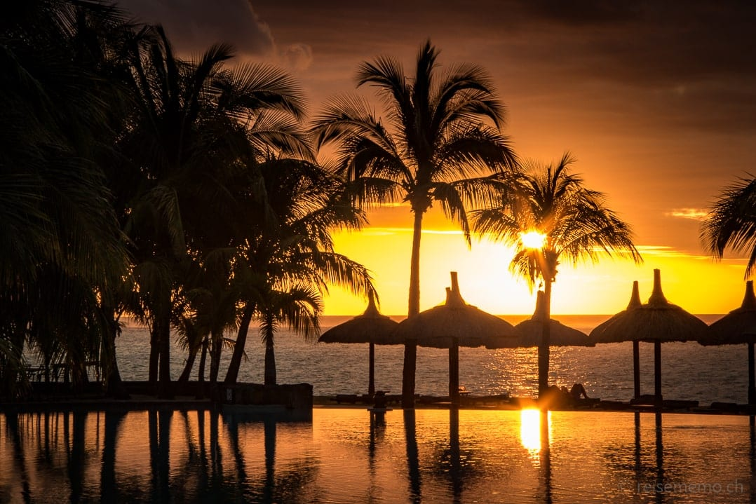 Sonnenuntergang im Dinarobin Beachcomber