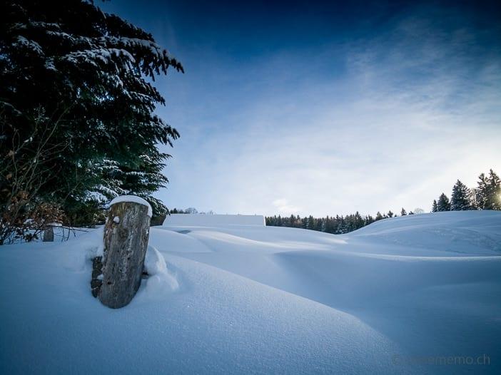 Schneeverwehungen im Atzmännig