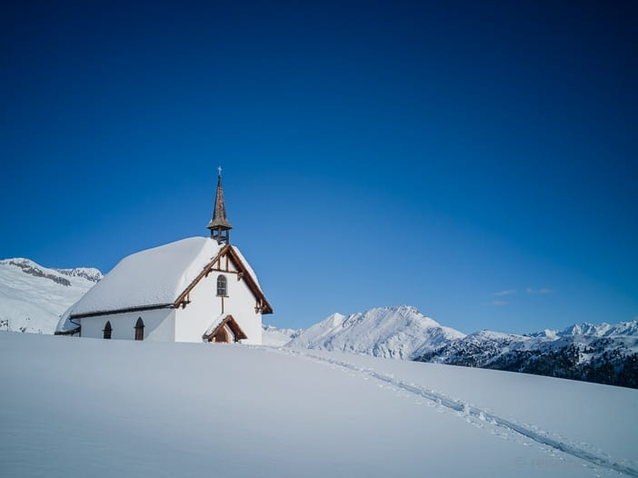 Belalp-Kapelle am Aletschbord