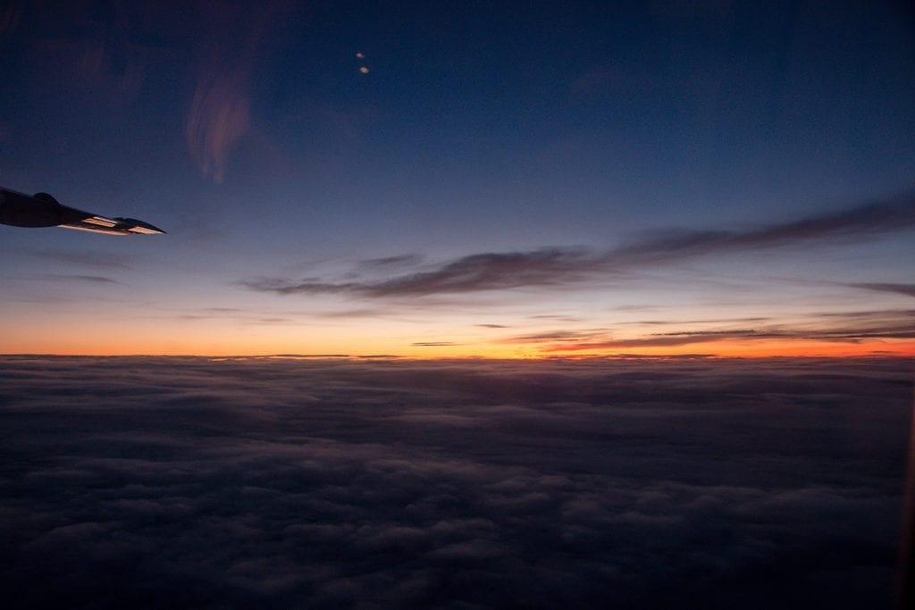 Abendrot auf dem Flug Antwerpen–Zürich