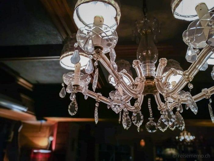 Leuchte der Hamilton Lodge