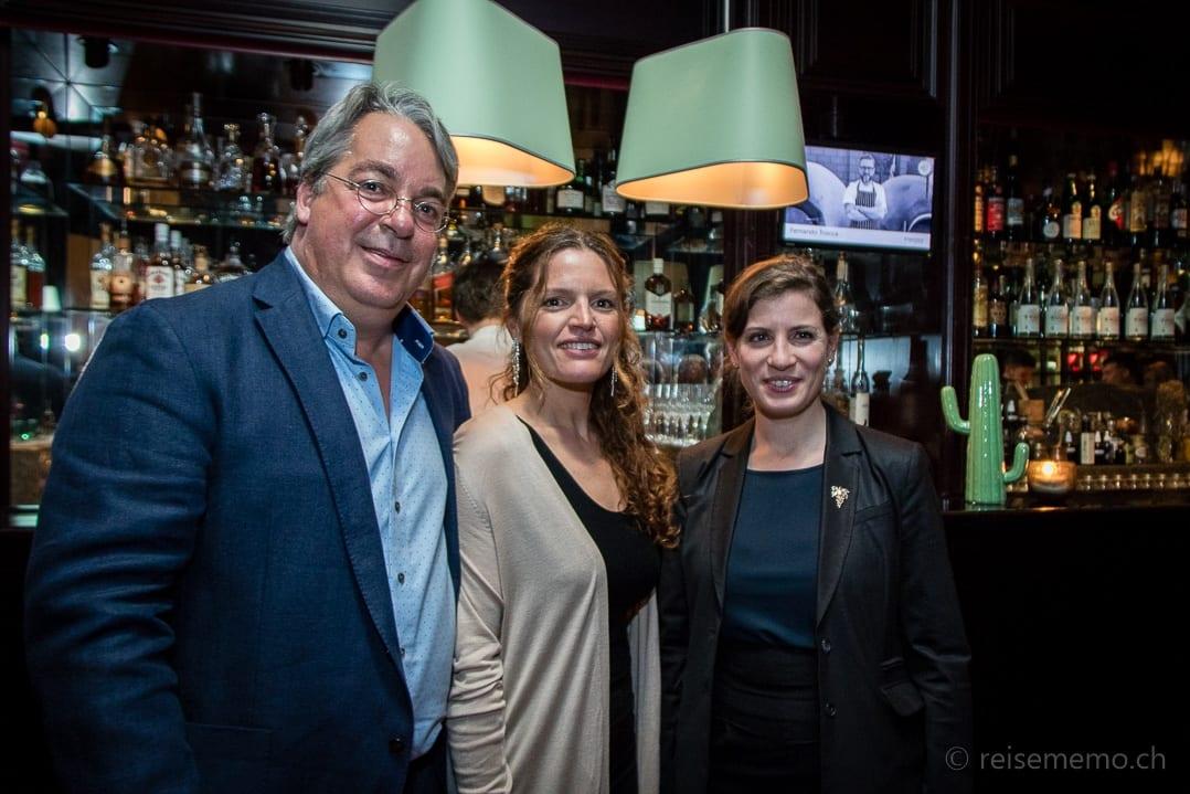 Gustofestival Initiator Boris Walker mit Fernanda Porley und Sommelière Paz Levinson in der Rive Gauche Bar