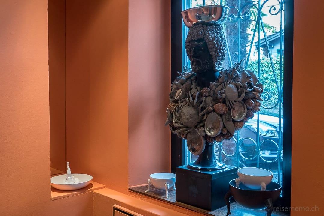 Büste im Atelier Selvaggio von Carlo Rampazzi