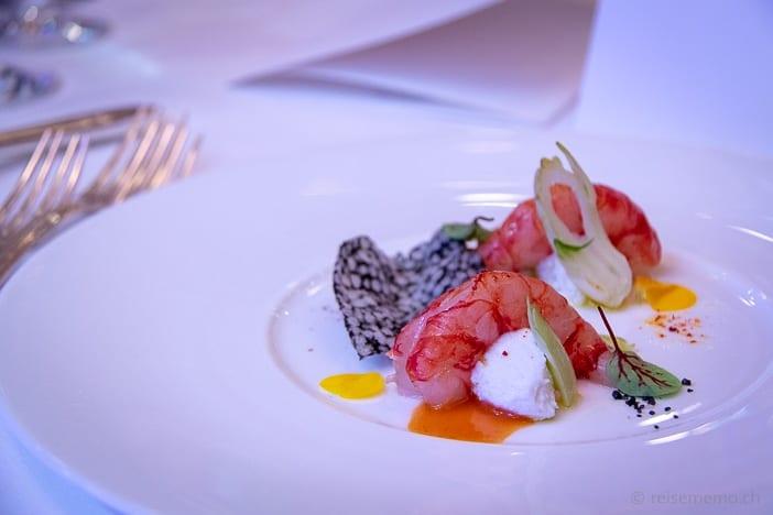 Vorspeise: Sizilianische Crevetten mit Puntarelle und kantabrischen Sardellen