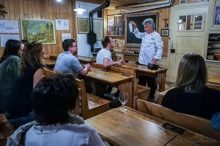 Schweizer Reiseblogger drücken die Schulbank im Erlebnisrestaurant Waldegg
