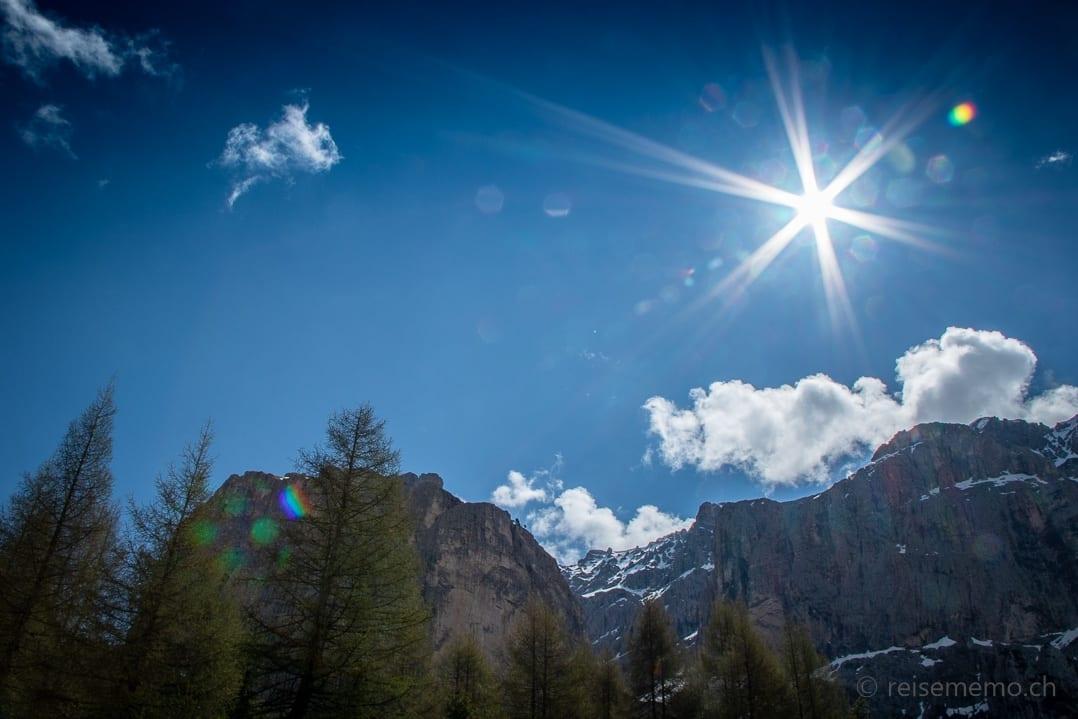 Auf dem Weg zum Grödner Joch in den Dolomiten