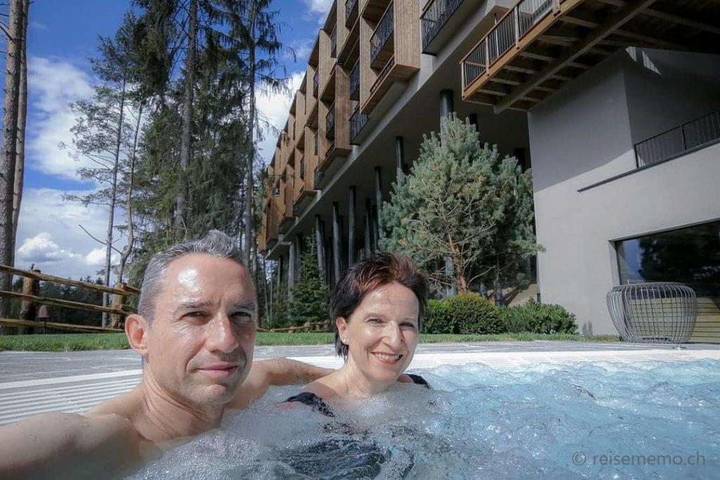 Katja und Walter im Whirlpool