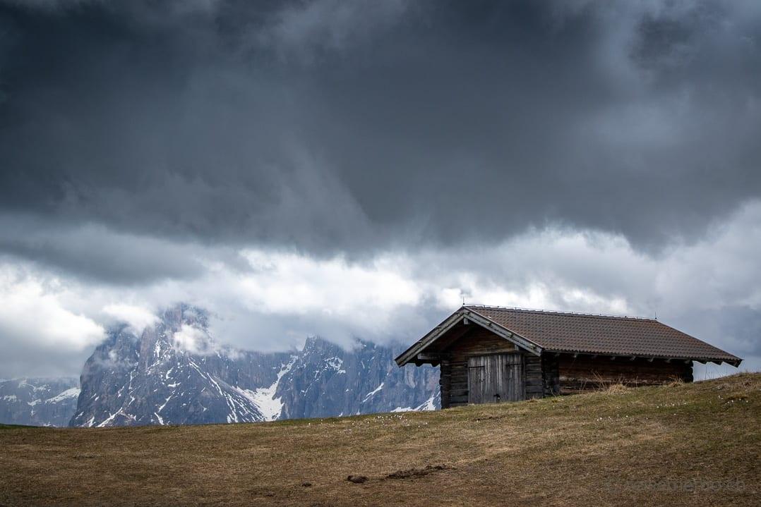 Hütte mit Kofelgruppe