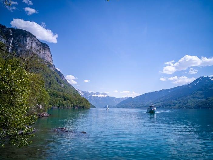 Walensee und Seerenbachfälle links oben