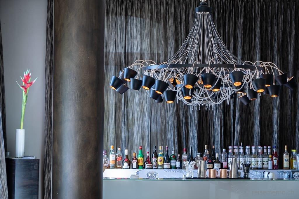 Bar mit Kronleuchter Vitznauerhof in Vitznau