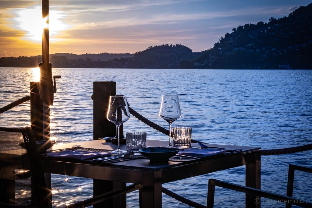Sonnenuntergang im Restaurant Sens