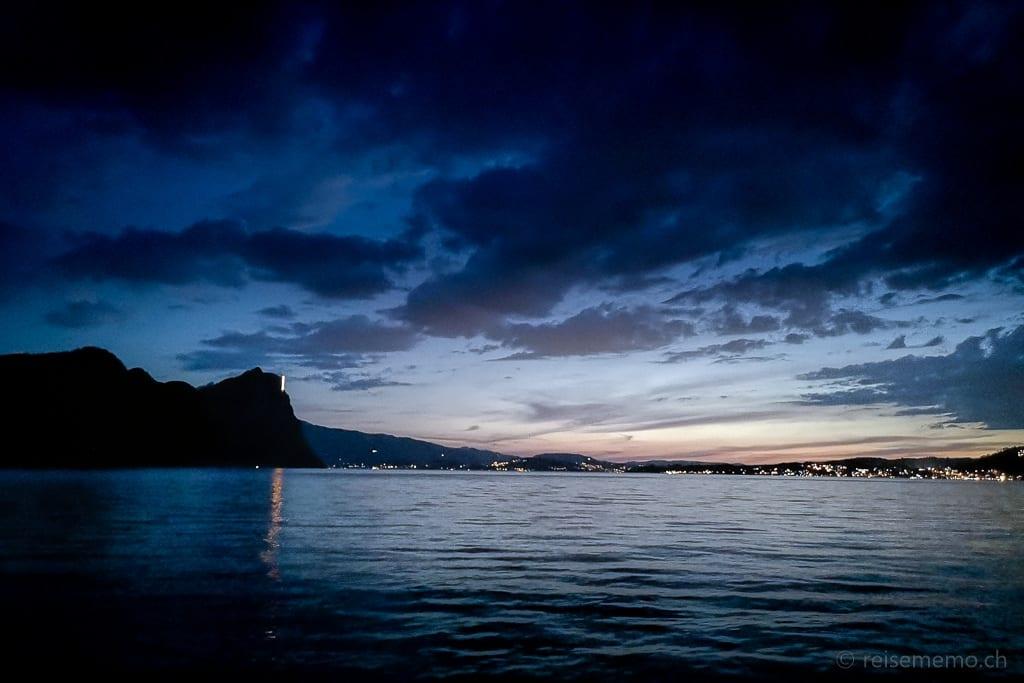 Blaue Stunde am Vierwaldstättersee und Bürgenstock