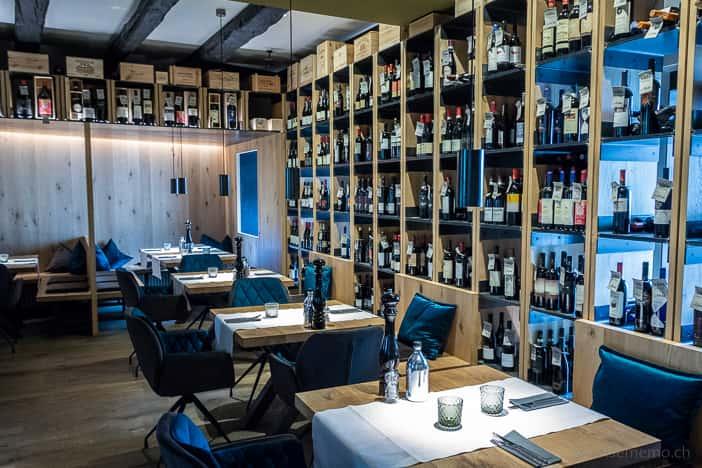 Tische in der Vitis Vinothek und Restaurant
