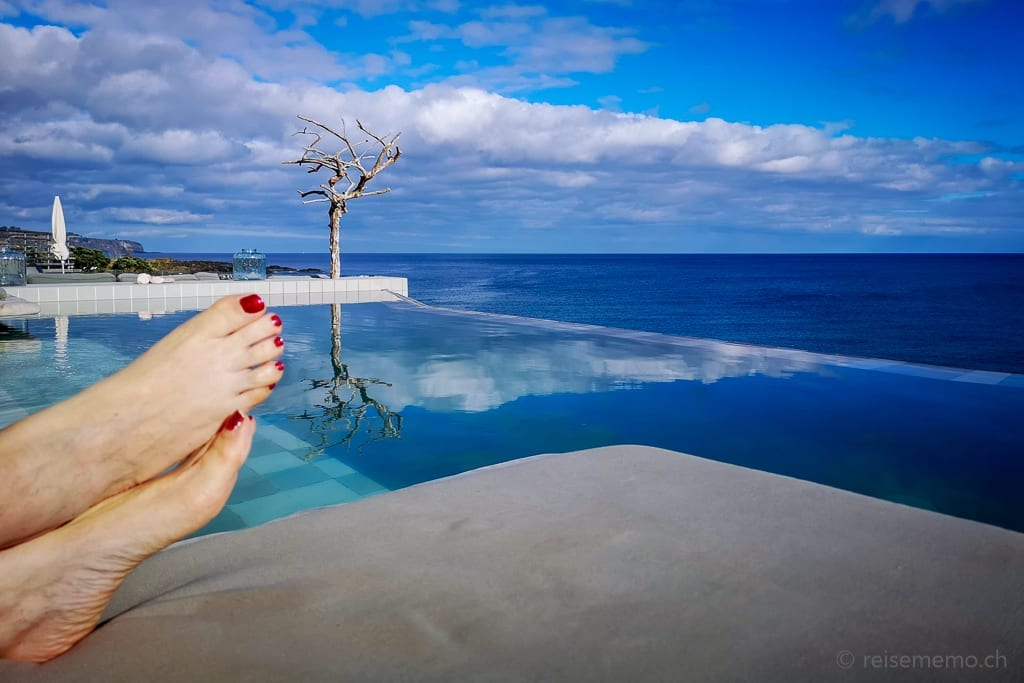 Pool White Exclusive Suites Villas