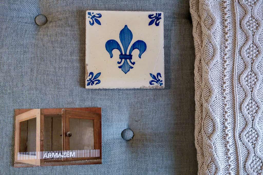 Keramikfliese und Armazém Postkarte