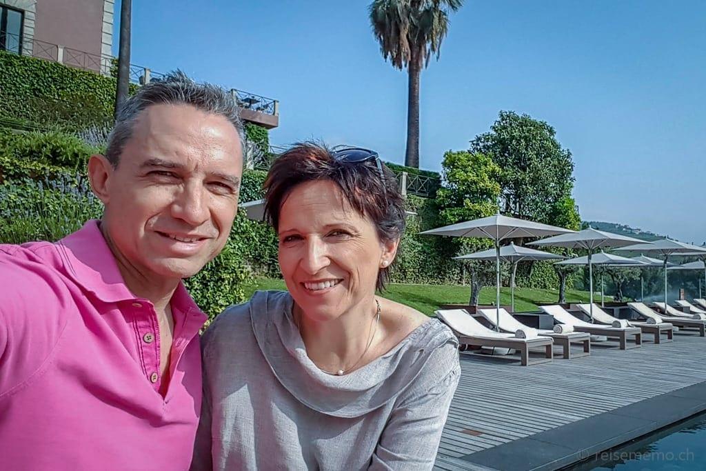 Walter Schärer und Katja Birrer am Pool des Six Senses Douro Valley