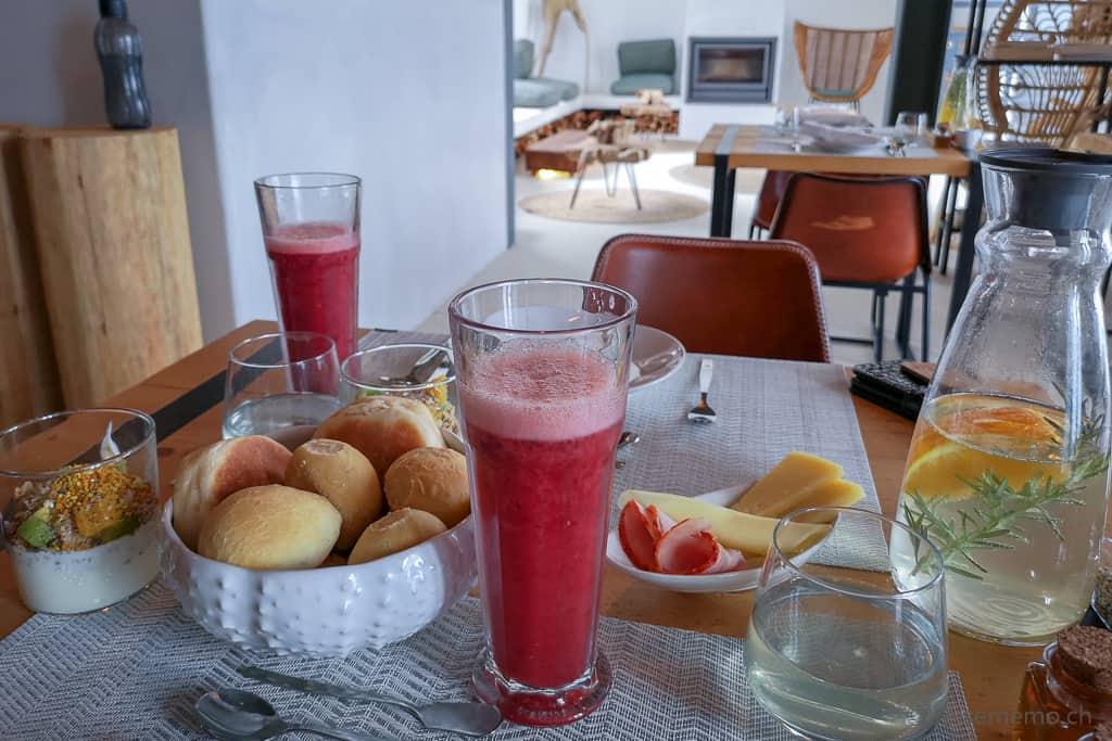 Frühstück im White Exclusive Suites & Villas