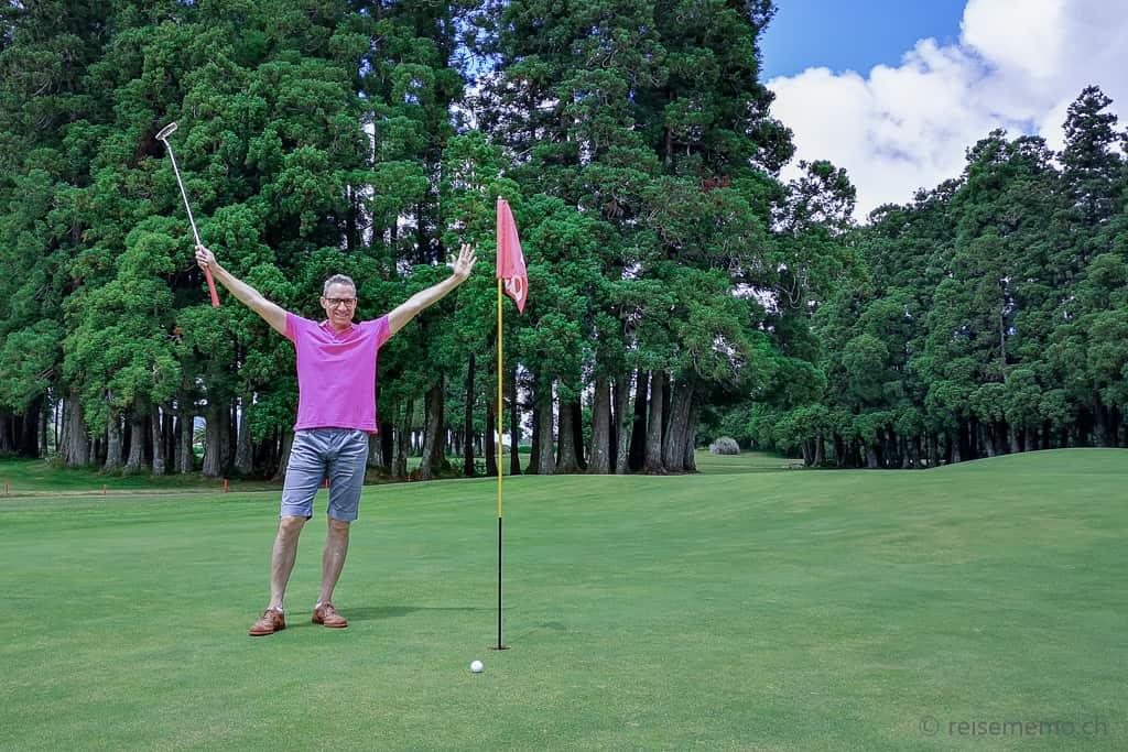 Walter auf dem Golfplatz Furnas