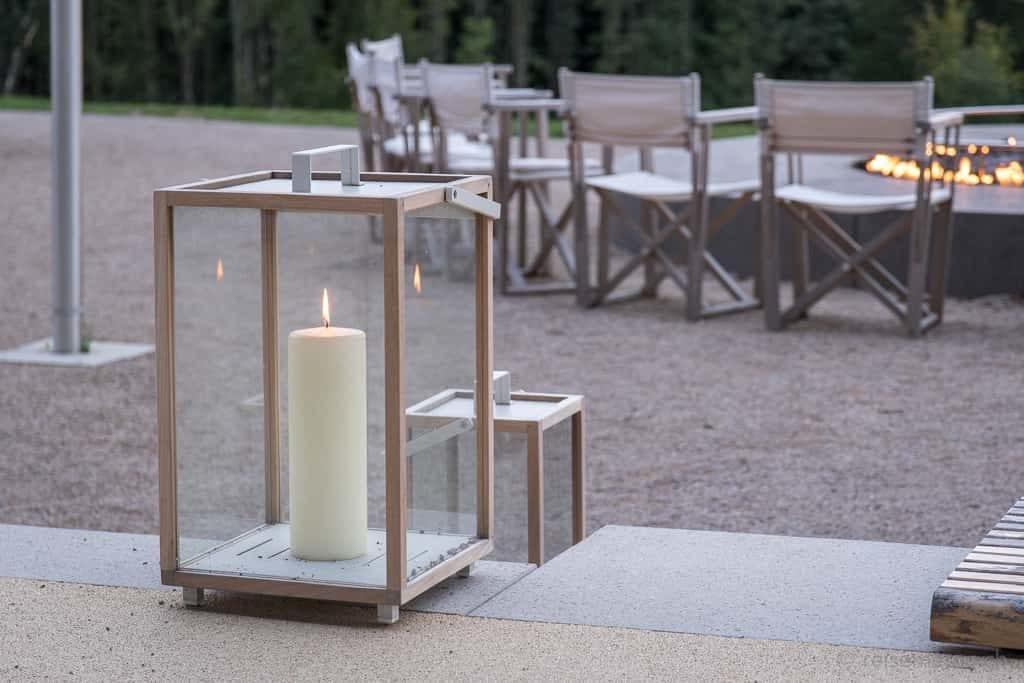 Dekorative Feuerstelle der Seezeitlodge am Bostalsee