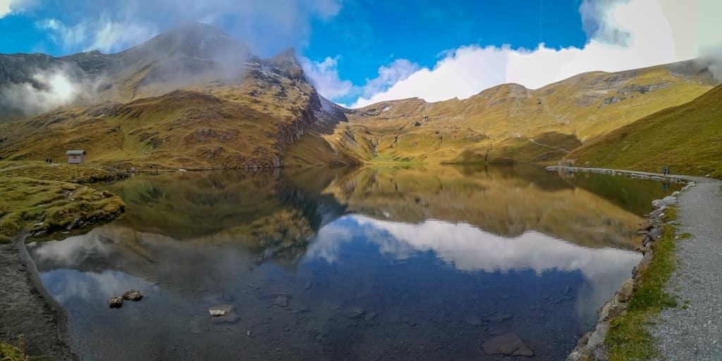 Bachalpsee-Panorama mit Reeti im Hintergrund