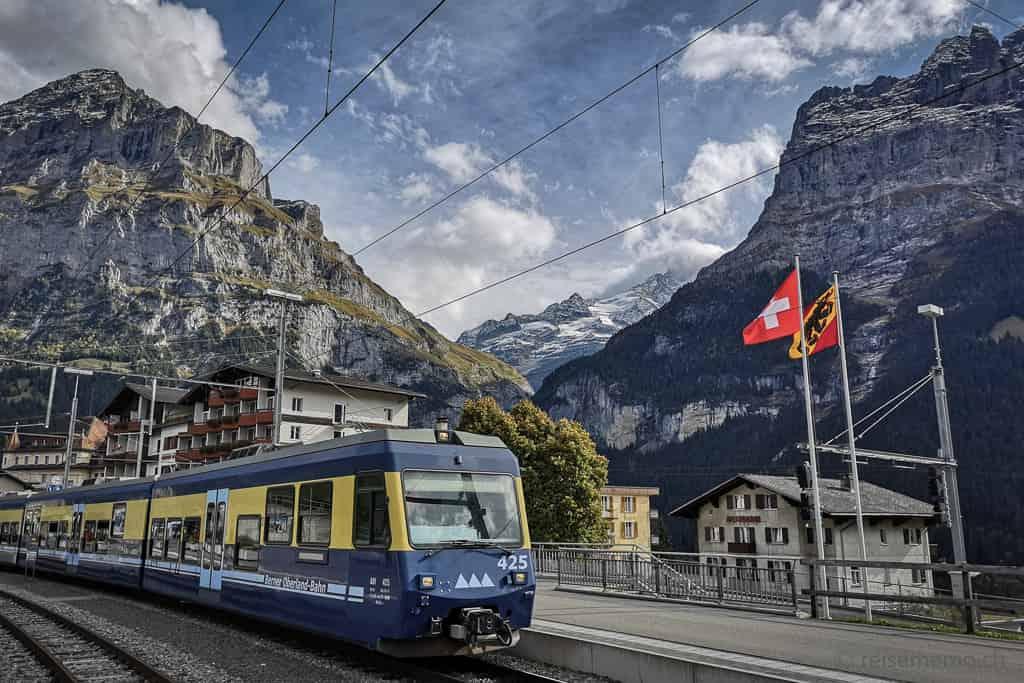 BOB im Bahnhof Grindelwald