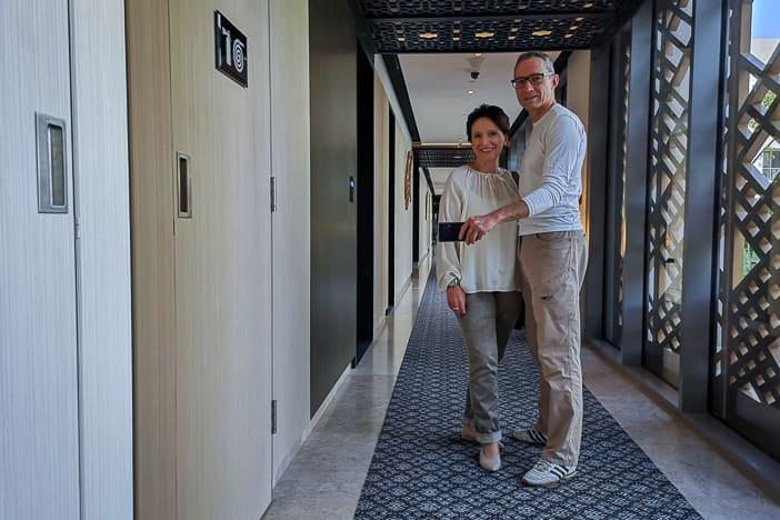 Katja und Walter im Kempinski Al Mouj