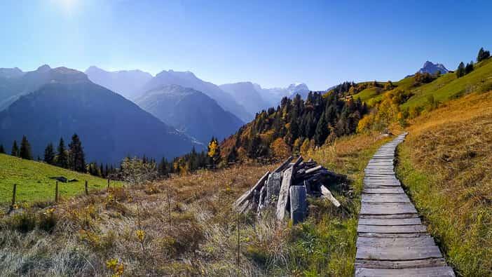 Holzsteg bei Braunwald
