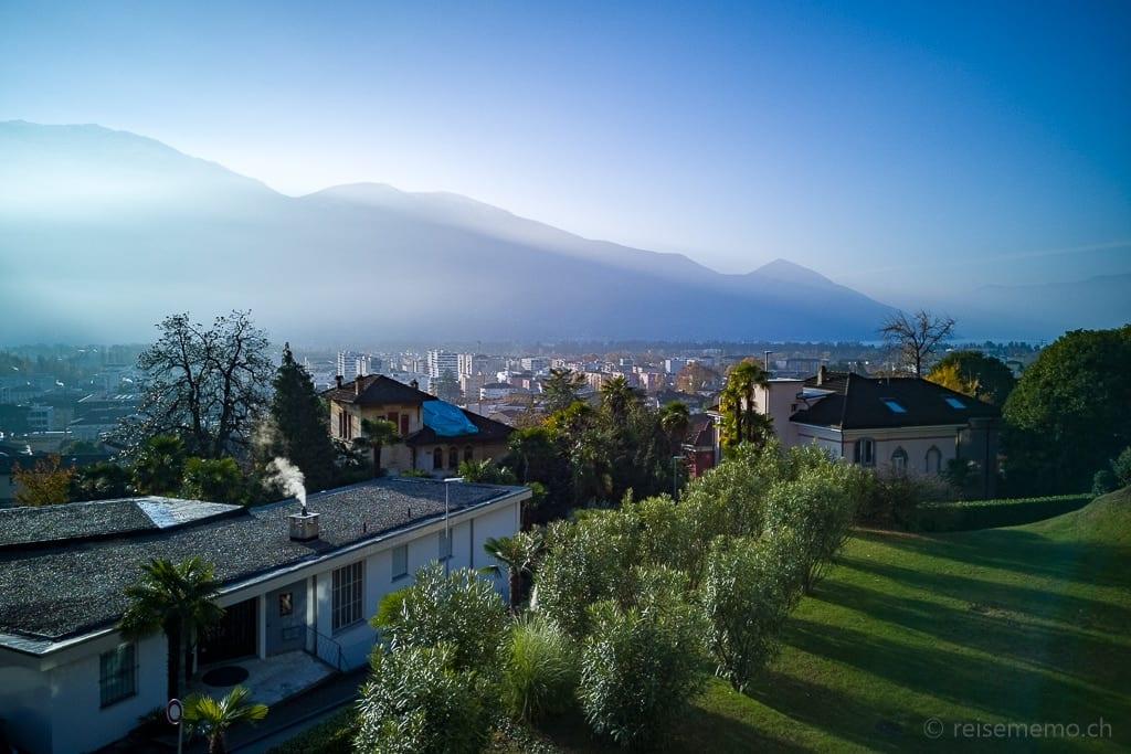 Sicht vom Hotel auf Locarno
