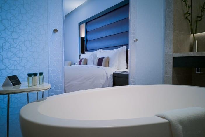 Offene Badewanne im Kempinski Muscat Hotel