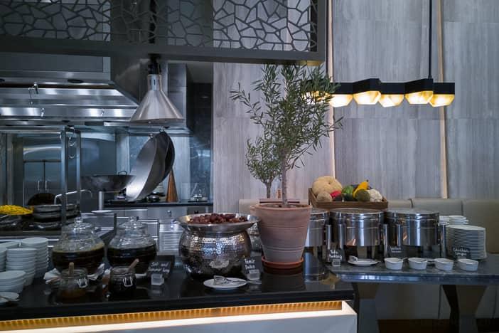 Kempinski Muscat Hotel Frühstücksbuffet