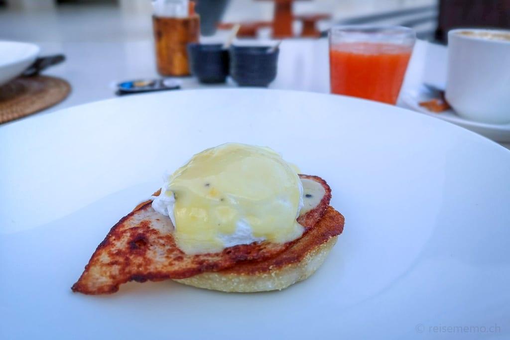 Egg Benedict im Chedi Muscat