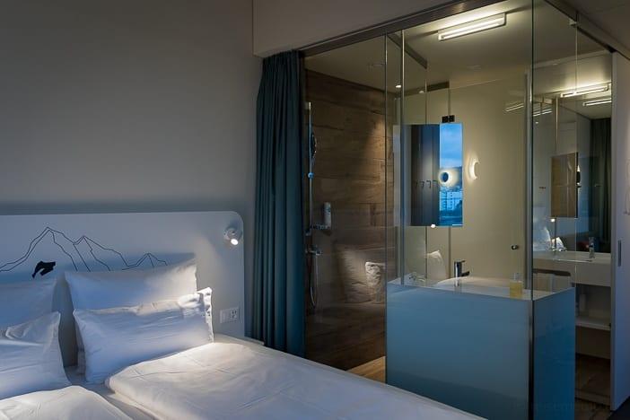 Badezimmer des a-ja City-Resort Superior Zimmers