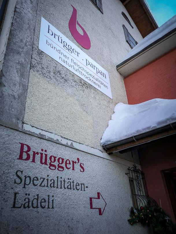 Eingang zu Brüggers Bündnerfleisch Spezialitäten-Lädeli