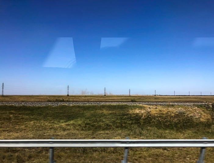 Ebene Rumäniens entlang der Autobahn