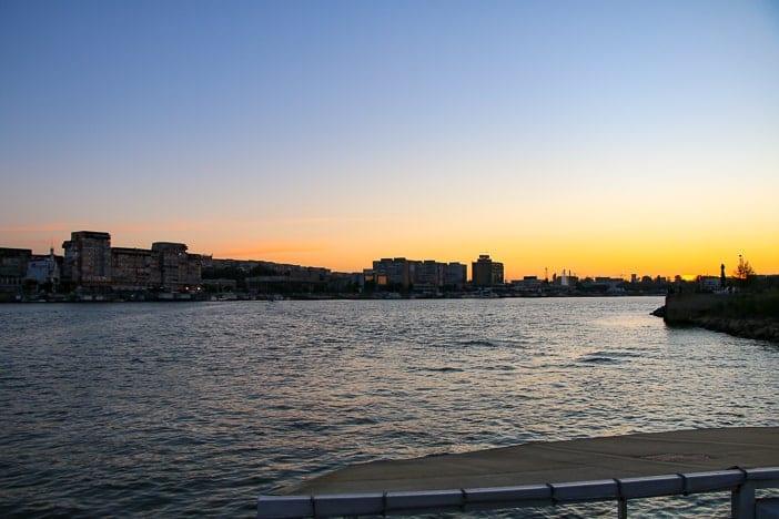 Sonnenuntergang bei Tulcea Donaudelta