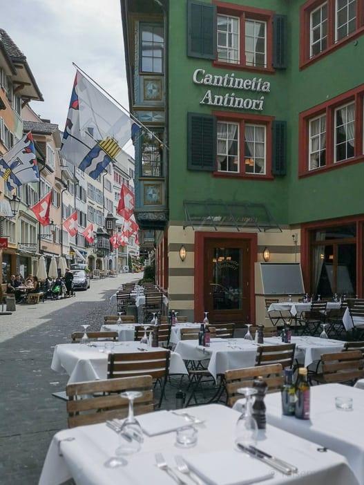 Restaurant Cantinetta Antinori in Zürich mit Aussentischen am Rennweg