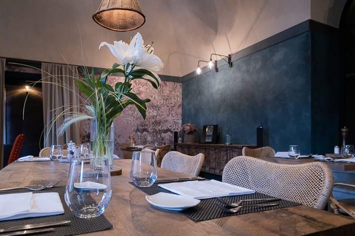Einrichtung des Restaurants La Sorgente