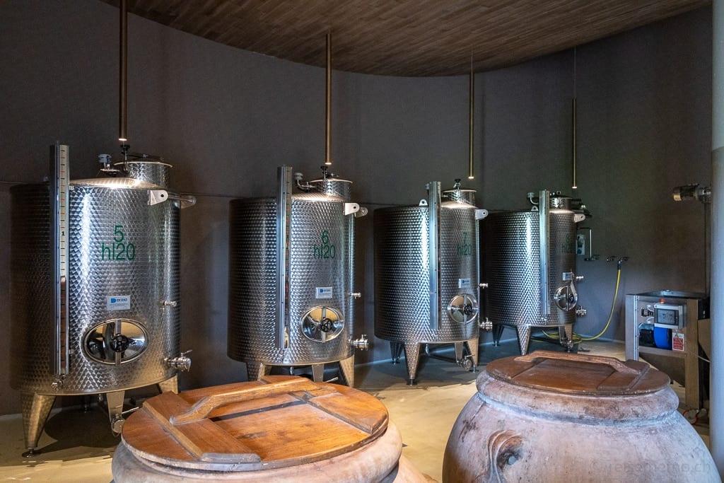 Weintanks der Cantina Antinori