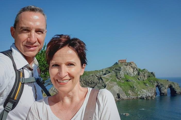 Walter und Katja bei Gaztelugatxe