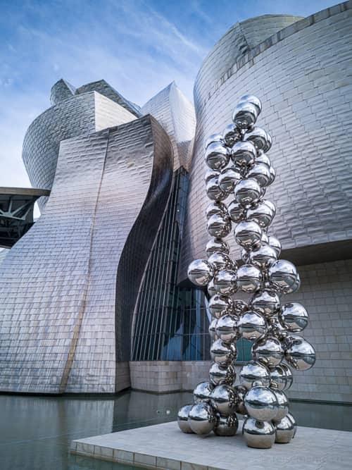 Big Tree vor dem Guggenheim Museum Bilbao
